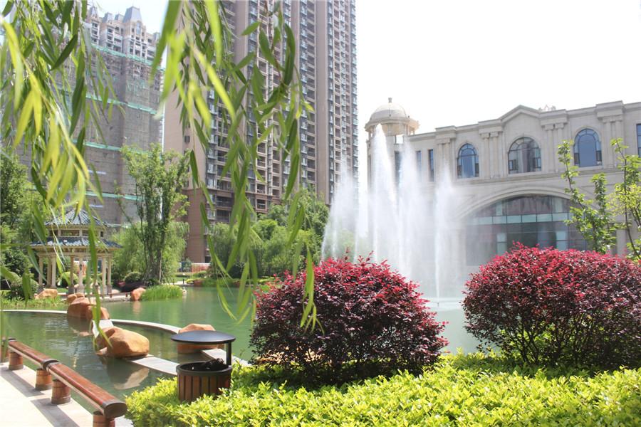 滁州恒大绿洲:炎炎夏日 给你清凉