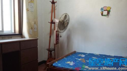 池州女生宿舍教工三室一厅900元/月-池州二手学院解锁一半图片