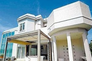 滨崎步两千万出售日本豪宅 疑与美国绿卡有关