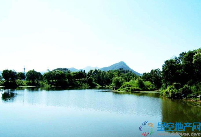 绿城·青山湖红枫园周边环境图
